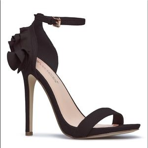 Black flirty high heel!